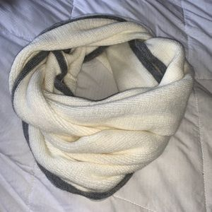 Cream & Grey Infinity Winter Scarf
